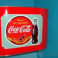 Coleccionismo de Coca-Cola y Pepsi: CUBITERA COCA-COLA DE LOS AÑOS 60 - 70 IMPECABLE. Lote 38155344