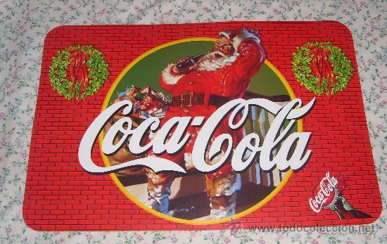 Coleccionismo de Coca-Cola y Pepsi: MANTEL, DOS SALVA MANTELES INDIVIDUALES DE COCA COLA, CON DIBUJO DE PAPA NOEL Y MOTIVOS NAVIDEÑOS - Foto 2 - 36374534
