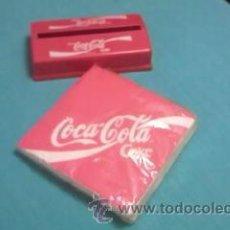 Coleccionismo de Coca-Cola y Pepsi: COCA COLA JUEGO DE SERVILLETAS Y DISPENSADOR DE SERVILLETAS COCA COLA .COLECCIONISTA.. Lote 36433030