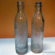 Coleccionismo de Coca-Cola y Pepsi: 2 BOTELLAS DE CRISTAL MARCA MIRET. MARCA MALLORQUINA. Lote 31089322