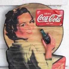 Coleccionismo de Coca-Cola y Pepsi: PUBLICIDAD RETRO DE COCA COLA, EN RELIEVE, PARA COLGAR.. Lote 39450588