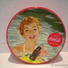 Coleccionismo de Coca-Cola y Pepsi: CAJA COCA COLA REDONDA. Lote 39494099