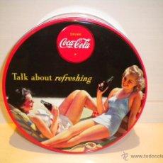 Coleccionismo de Coca-Cola y Pepsi: CAJA COCA COLA REDONDA. Lote 39494199