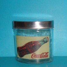 Coleccionismo de Coca-Cola y Pepsi: COCA COLA - FRASCO - TARRO - BOTE CRISTAL HERMÉTICO - VINTAGE - TAPA OVAL METAL EDISION ESPECIAL. Lote 40839438
