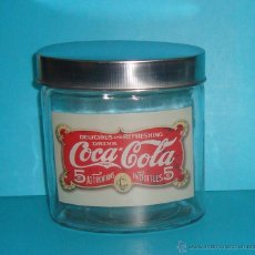 Coleccionismo de Coca-Cola y Pepsi: COCA COLA - FRASCO - TARRO - BOTE CRISTAL HERMÉTICO - VINTAGE - TAPA OVAL METAL EDISION ESPECIAL. Lote 40839469
