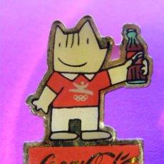 Coleccionismo de Coca-Cola y Pepsi: ANTIGUO PIN COCA COLA - COOB 92 -. Lote 41329507