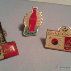 Coleccionismo de Coca-Cola y Pepsi: LOTE DE 3 PINS DE COCACOLA AÑOS 90 - EXPO SEVILLA 92 / ITALIA 90 / ES LA MUSICA -. Lote 41577407
