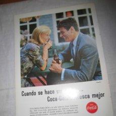 Coleccionismo de Coca-Cola y Pepsi: PUBLICIDAD COCA COLA / MENDIONDO ARTICULOS PARA REGALO,CAMISERIA HOJA DE REVISTA REALES SITIOS 1964. Lote 42530952