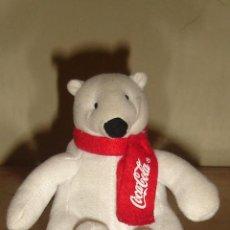 Coleccionismo de Coca-Cola y Pepsi: OSO POLAR DE PELUCHE CON BUFANDA DE COCA-COLA. Lote 43835546