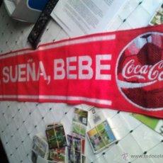 Coleccionismo de Coca-Cola y Pepsi: BUFANDA DE COCA COLA.CON LA LEYENDA VIVE, SUEÑA, BEBE COCA COLA . Lote 44491693