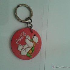 Coleccionismo de Coca-Cola y Pepsi: ANTIGUO LLAVERO DE COCACOLA CON EL OSO POLAR. MEDIDAS 4 CM DE DIAMETRO. Lote 44681573