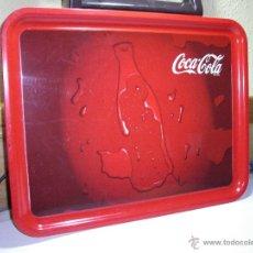 Coleccionismo de Coca-Cola y Pepsi: COCA COLA - BANDEJA RECTANGULAR DE PLÁSTICO RÍGIDO - 47X37 CM. Lote 46627384