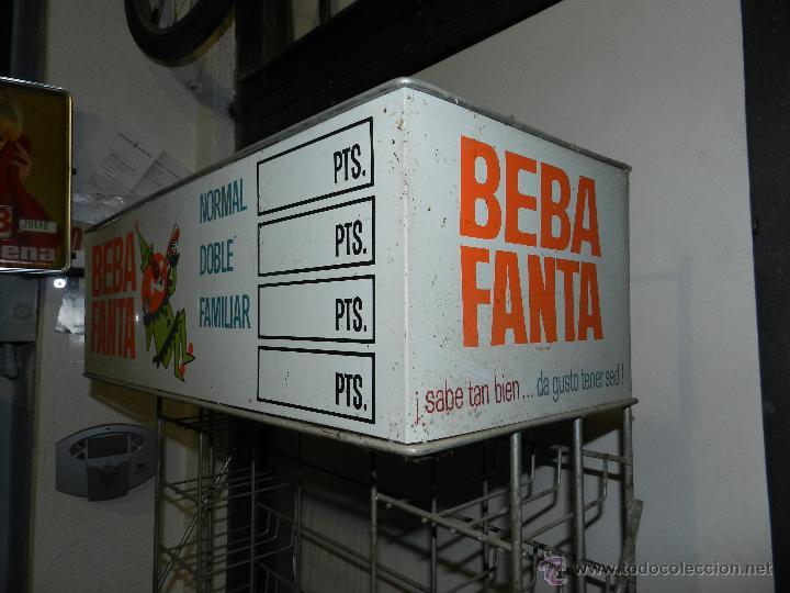 Coleccionismo de Coca-Cola y Pepsi: (M) EXPOSITOR DE METAL - BEBA FANTA AÑOS 60 - 70 , 180 X 27 X 27 CM, BUEN ESTADO - Foto 4 - 47207929