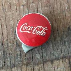 Coleccionismo de Coca-Cola y Pepsi: INSIGNIA DE OJAL ESMALTADA DE COCACOLA COCA COLA - PERFECTA. Lote 50974090