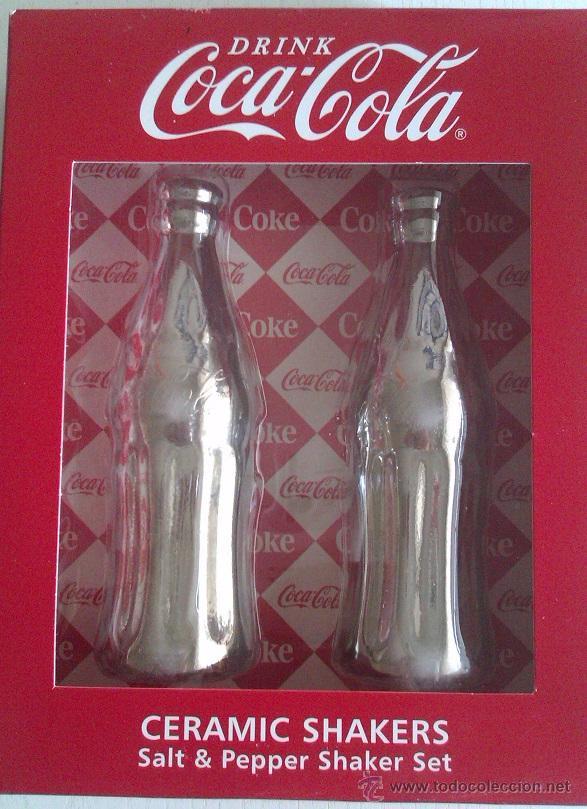 JUEGO DE SALERO Y PIMENTERO DE COCA COLA EN CERAMICA CON UN BAÑO CROMADO ORIGINAL U.S.A (Coleccionismo - Botellas y Bebidas - Coca-Cola y Pepsi)