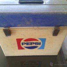 Coleccionismo de Coca-Cola y Pepsi: NEVERA PEPSI VINTAGE. Lote 51500280