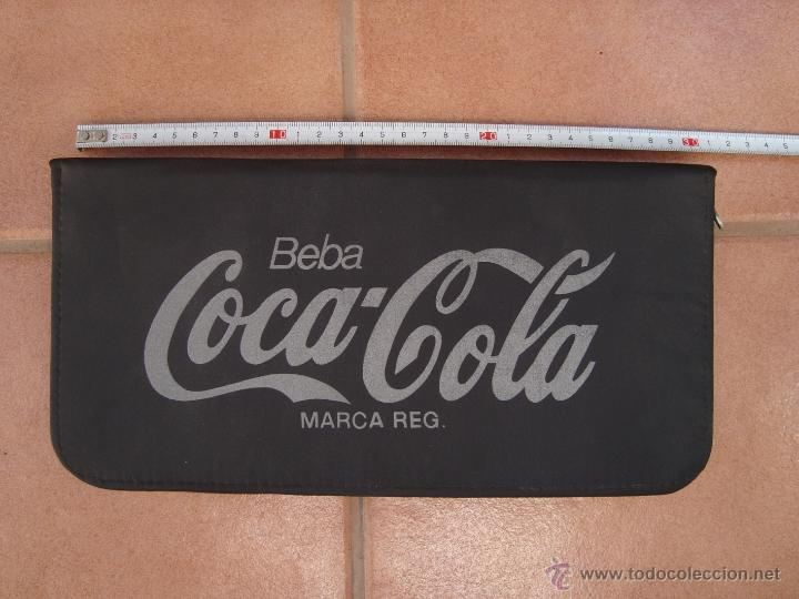 PORTA CD, DVD - COCACOLA, COCA COLA - CAPACIDAD 16 CD´S (Coleccionismo - Botellas y Bebidas - Coca-Cola y Pepsi)