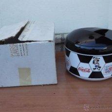 Coleccionismo de Coca-Cola y Pepsi: CUBITERA WORLD CUP USA MUNDIAL FÚTBOL 94,EN SU CAJA NUEVA , ALTO 20 Y DIAMTRO 25 CM. Lote 154693680