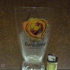 Coleccionismo de Coca-Cola y Pepsi: ANTIGUO VASO COCA COLA UEFA EURO 2004 PORTUGAL PIEN EN FORMA DE BALON IMPECABLE ESTADO. Lote 53290845