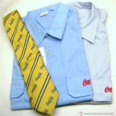 Coleccionismo de Coca-Cola y Pepsi: NUEVAS SIN USAO - 2 CAMISAS + CORBATA COCA COLA. Lote 54933909