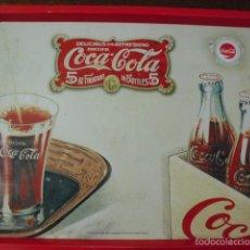 Coleccionismo de Coca-Cola y Pepsi: BANDEJA DE LA COCACOLA ENTRA Y MIRALO. Lote 55230376