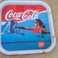 Coleccionismo de Coca-Cola y Pepsi: BANDEJA COCA COLA - AÑOS 80 - 35X35. Lote 55397004