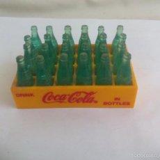 Caja miniatura con 24 botellas de Coca-Cola. Drink, in bottles cocacola. Casa muñecas, coleccionismo