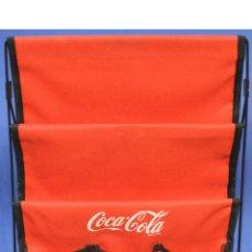 Coleccionismo de Coca-Cola y Pepsi: BONITO REVISTERO COCA COLA EN TELA ROJA COMPARTIMENTOS Y BOLSILLOS. Lote 58382085