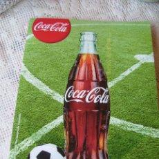 Coleccionismo de Coca-Cola y Pepsi: **GRAN CUADERNO CUADRICULADO CON PEGATINAS DE LOS ESCUDOS PARA JUGAR AL FUTBOL CHAPAS, COMPLETO!!!!*. Lote 58413150