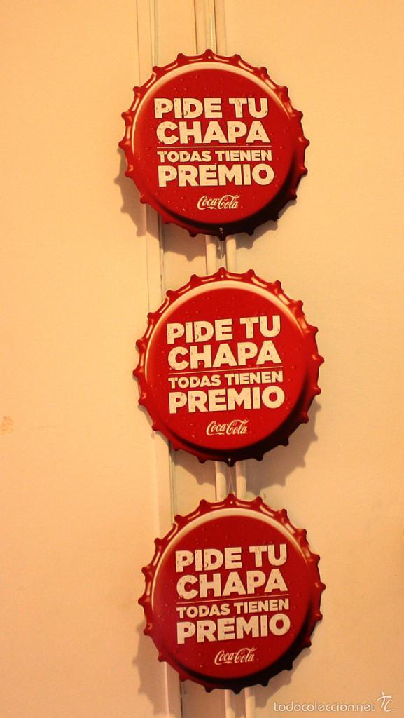 Coleccionismo de Coca-Cola y Pepsi: PUBLICIDAD COCA COLA, PIDE TU CHAPA... 6 CHAPAS CARTON 25 CM (3 UNIDAS Y 3 SUELTAS), VER IMAGENES - Foto 3 - 58517583