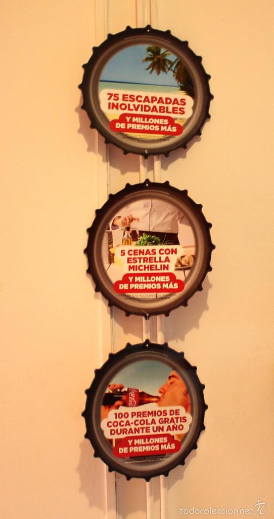 Coleccionismo de Coca-Cola y Pepsi: PUBLICIDAD COCA COLA, PIDE TU CHAPA... 6 CHAPAS CARTON 25 CM (3 UNIDAS Y 3 SUELTAS), VER IMAGENES - Foto 4 - 58517583