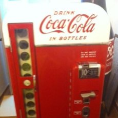 Coleccionismo de Coca-Cola y Pepsi: NEVERA COCA-COLA VENDO 81 USA 1950S / VINTAGE COCA-COLA DISPENSING MACHINE / RESTAURADA. Lote 64394703