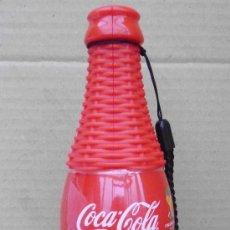 Coleccionismo de Coca-Cola y Pepsi: BOTELLA DEL MUNDIAL DE BRASIL PUBLICIDAD COCA COLA QUE ES SILBATO Y MARACAS. Lote 66025170