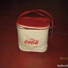 Coleccionismo de Coca-Cola y Pepsi: ANTIGUA NEVERA PORTATIL PUBLICIDAD DE COCA COLA - AÑO 1970S.. Lote 71508671