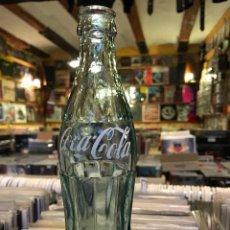 Coleccionismo de Coca-Cola y Pepsi: ANTIGUA BOTELLA DE COCA COLA MARCA REG SERIGRAFIADA . Lote 82756512
