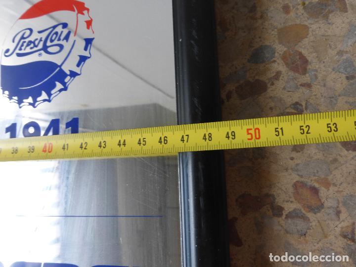 Coleccionismo de Coca-Cola y Pepsi: ANTIGUO CUADRO ESPEJO PUBLICIDAD PEPSI COLA-MARCA EN DIFERENTES AÑOS-1898-1940-1941-1962-1973-1992 - Foto 3 - 86234532