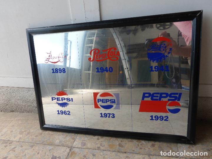 Coleccionismo de Coca-Cola y Pepsi: ANTIGUO CUADRO ESPEJO PUBLICIDAD PEPSI COLA-MARCA EN DIFERENTES AÑOS-1898-1940-1941-1962-1973-1992 - Foto 5 - 86234532