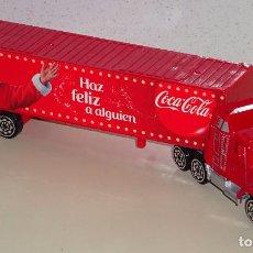Collectionnisme de Coca-Cola et Pepsi: CAMIÓN TRAILER DE COCA COLA. NAVIDADES SANTA CLAUS PAPA NOEL. HAZ FELIZ A ALGUIEN. 60 GR. Lote 253341650