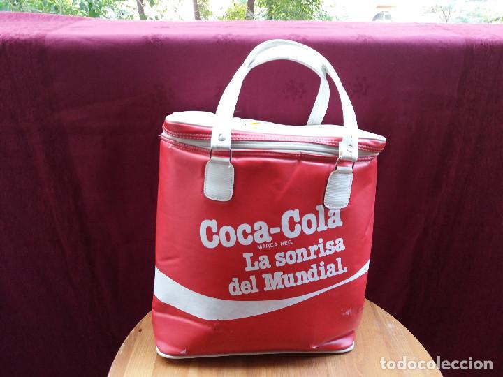 Coleccionismo de Coca-Cola y Pepsi: NEVERA COCA COLA MUNDIAL 82, CON DOS ASAS - Foto 17 - 87662072