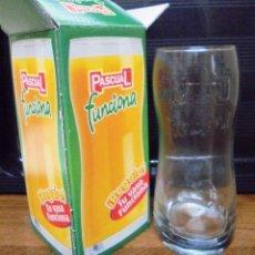 Coleccionismo de Coca-Cola y Pepsi: VASO PASCUAL FUNCIONA CON SU CAJA ORIGINAL. LLEVA LETRAS EN RELIEVE. MIDE 15CM DE ALTO . Lote 89221296