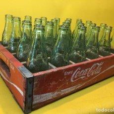 Coleccionismo de Coca-Cola y Pepsi: VIEJA CAJA DE COCA-COLA 1972 CON 24 BOTELLINES. Lote 89708224
