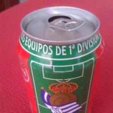 Coleccionismo de Coca-Cola y Pepsi: ANTIGUA LATA DE COCACOLA COCA COLA REAL SOCIEDAD SAN SEBASTIAN EQUIPOS FÚTBOL LIGA 96 97 1996 1997 . Lote 91432520