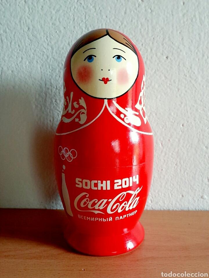 MUÑECA RUSA MATRIOSHKA PUBLICIDAD COCA-COLA JUEGOS DE INVIERNO SOCHI 2014 RUSIA - COKE COCACOLA (Coleccionismo - Botellas y Bebidas - Coca-Cola y Pepsi)