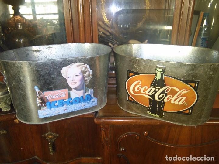 Coleccionismo de Coca-Cola y Pepsi: COCACOLA 2CUBITERAS DE ZINC MARCA COCA COLA RELIEVE EN EL METAL. - Foto 2 - 91705110