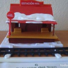 Coleccionismo de Coca-Cola y Pepsi: CASITA DE COCA COLA. ESTACIÓN DE TREN. TIPO MONTAPLEX. NAVIDAD DE COCA COLA.. Lote 93909520
