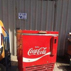 Coleccionismo de Coca-Cola y Pepsi: NEVERA COCA-COLA VINTAGE COCACOLA. Lote 94222085