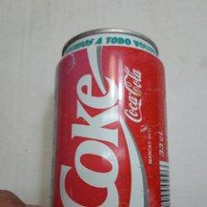 Coleccionismo de Coca-Cola y Pepsi: LATA BOTE ANTIGUO COCA-COLA A TODO VOLUMEN AÑOS 90. Lote 95351438
