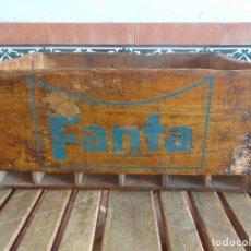 Coleccionismo de Coca-Cola y Pepsi: ANTIGUA CAJA EN MADERA DE FANTA MARCADA BENLLOCH ABR 66 TORRENTE VALENCIA MALAGA. Lote 97761539