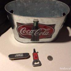 Coleccionismo de Coca-Cola y Pepsi: COCA-COLA - CUBITERA, MONEDA, ENCENDEDOR ABREBOTELLAS (FUNCIONANDO) Y SKATE. Lote 97893651