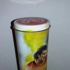 Coleccionismo de Coca-Cola y Pepsi: BOTELLA COCA COLA PORTUGAL FIGO CON SU CAJA DE CHAPA. Lote 98075547